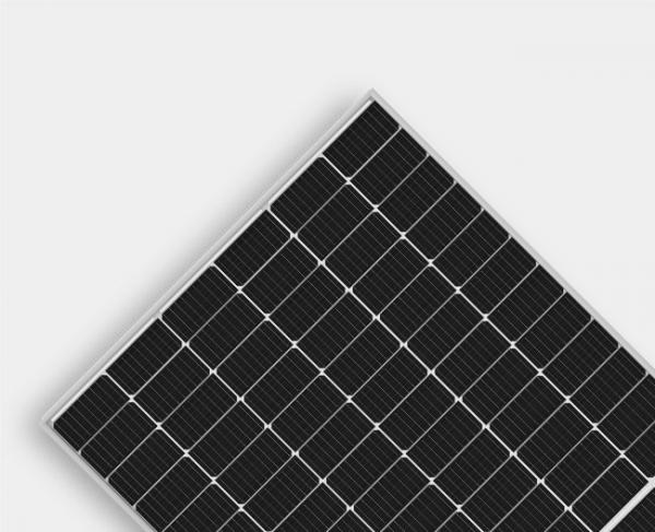 saules baterijų kaina